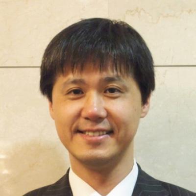 西川 文雄